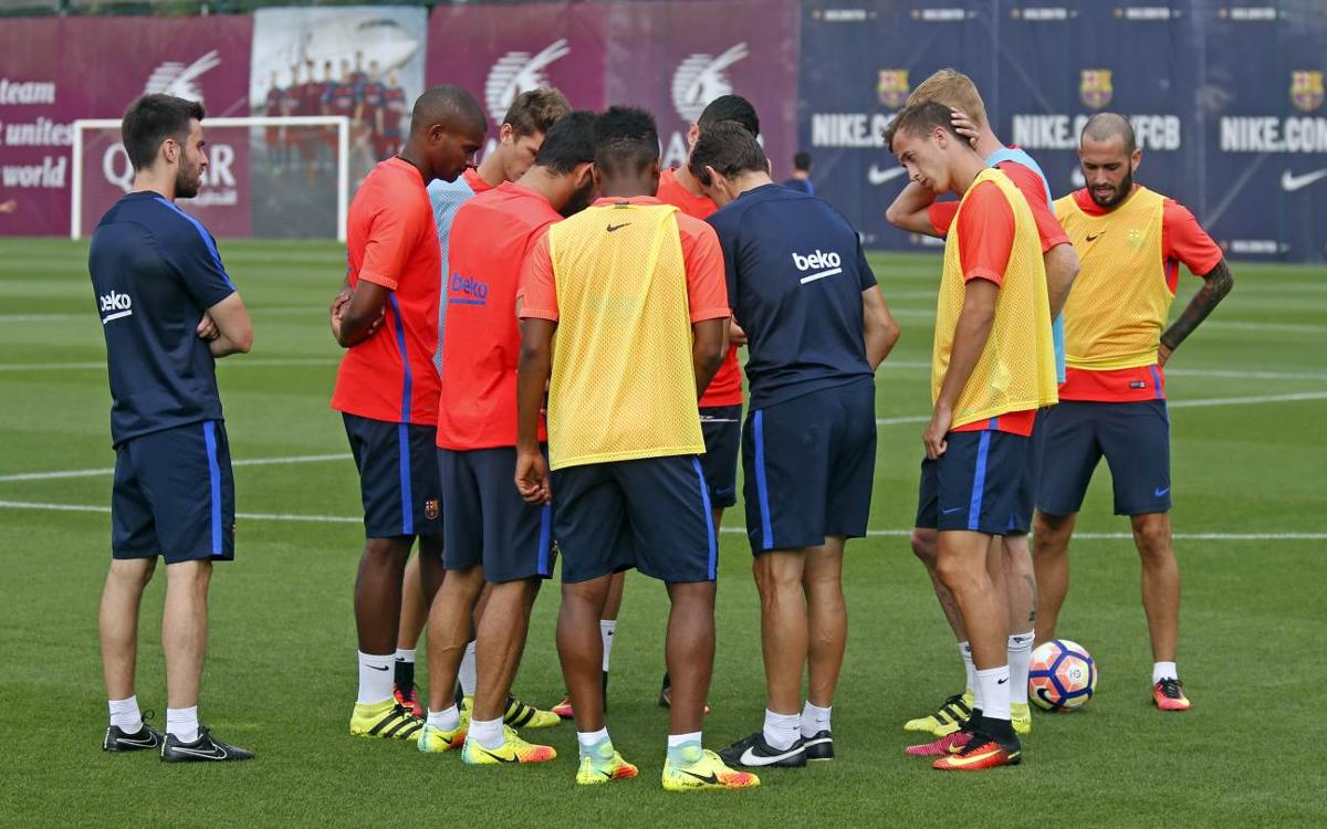 Limited numbers as training resumes at FC Barcelona
