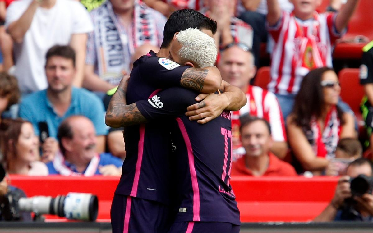Neymar Jr i Suárez agafen les regnes