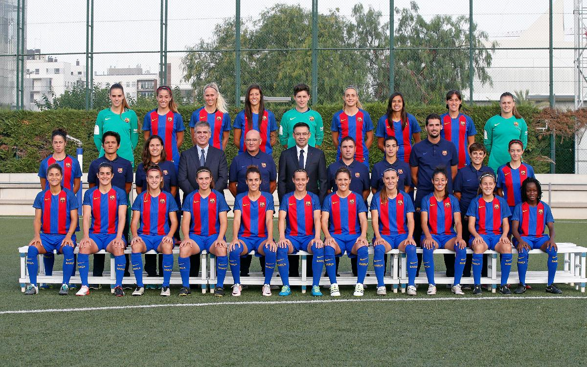 FC Barcelona women's team pose for official photograph
