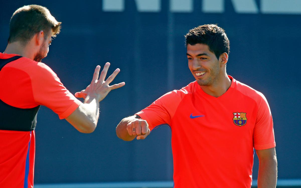 Rock–paper–scissors: team bonding with FC Barcelona