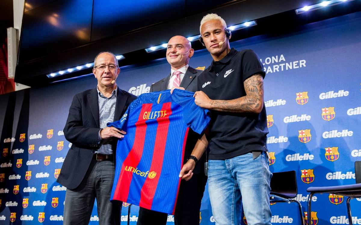 FCバルセロナとジレット、新たにスポンサー契約