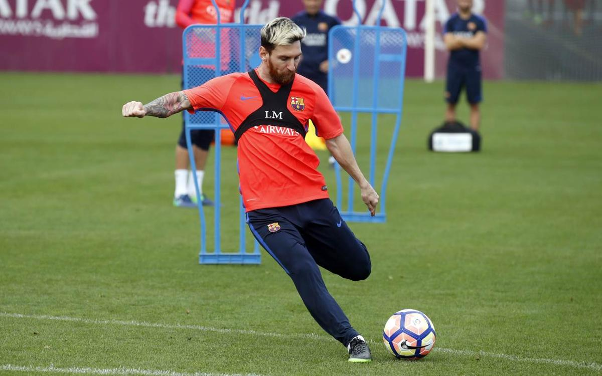 Messi, Rakitic and Umtiti declared fit and named in today's squad