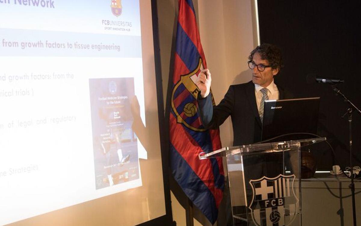 Jordi Monés explica l'FCB Universitas als Estats Units