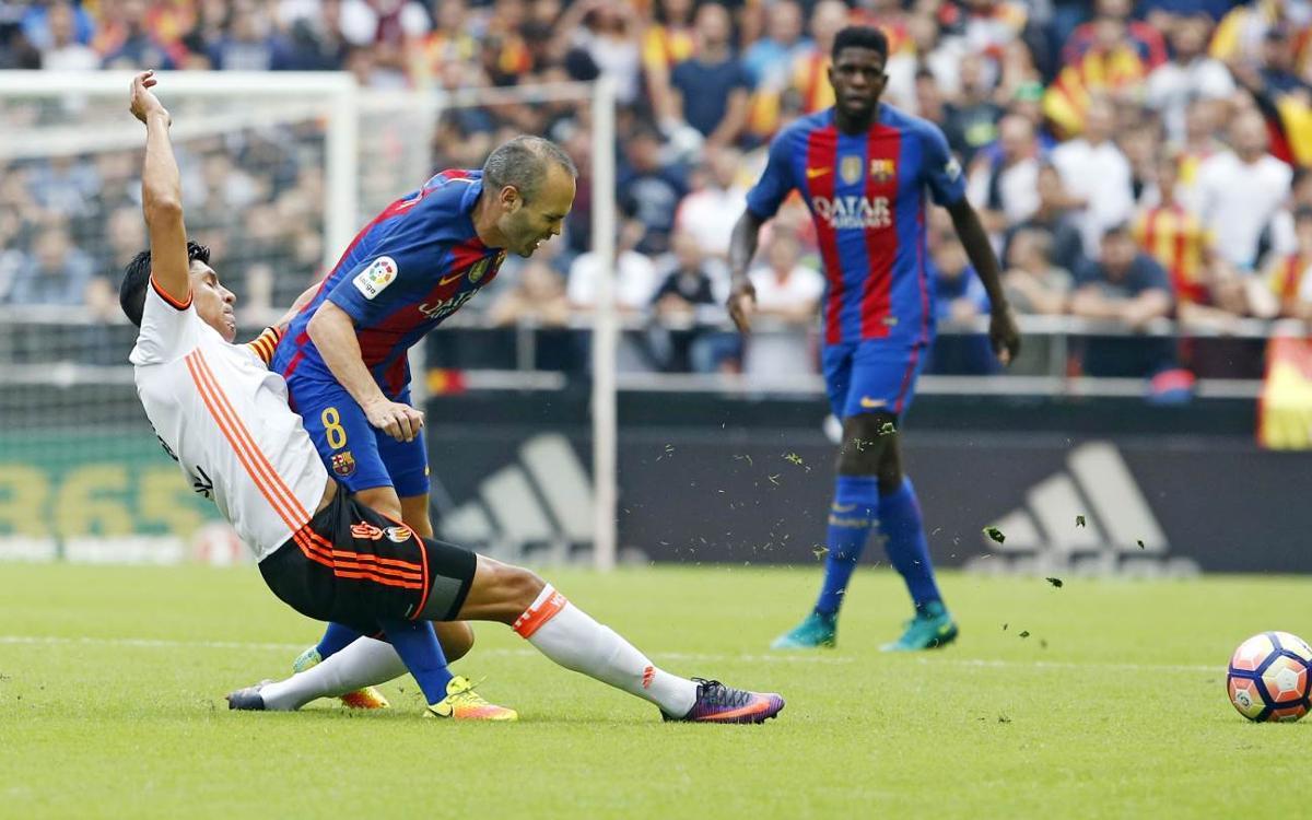 Andrés Iniesta estarà entre sis i vuit setmanes de baixa