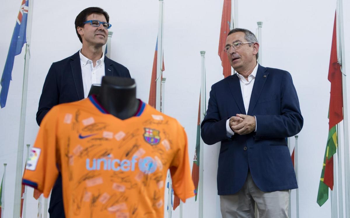 El Barça participa en la inauguración de la exposición 'Leyendas'