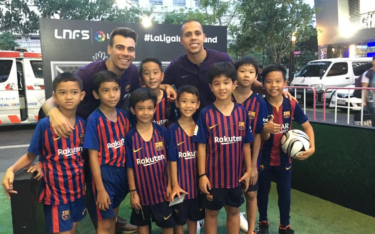 El Barça enamora a Tailandia