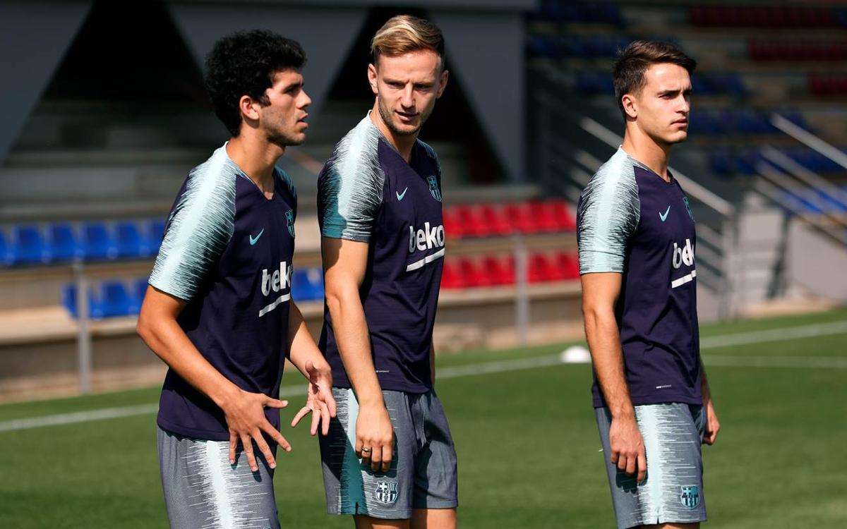 Entrenamiento matinal del FC Barcelona con la ausencia de los internacionales