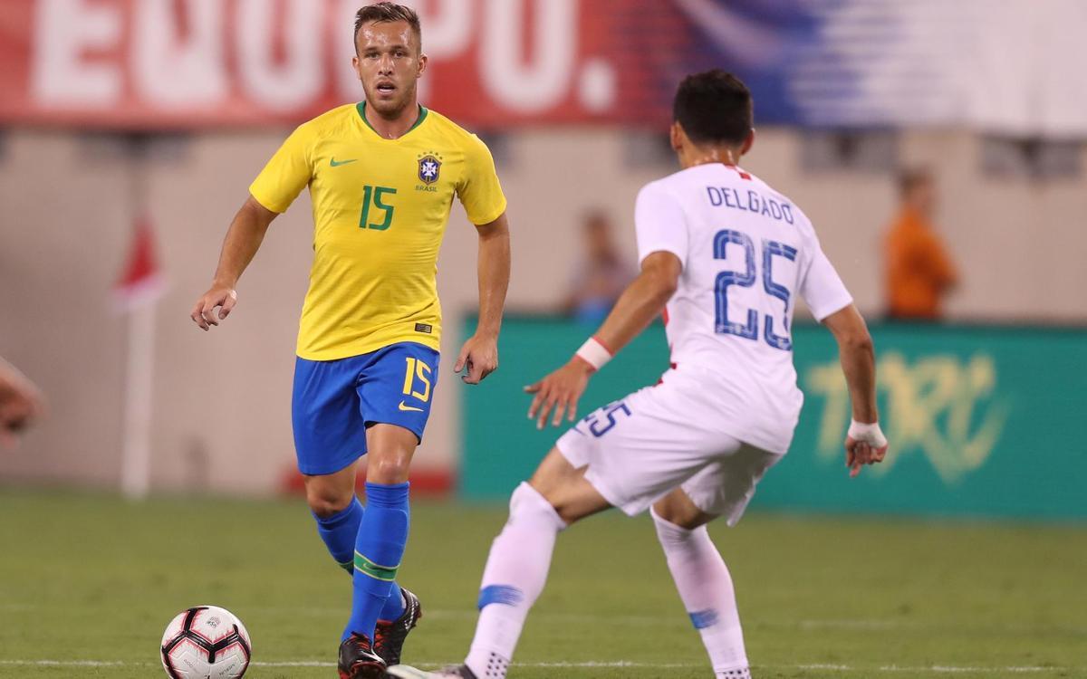 Arthur debuta con la selección brasileña