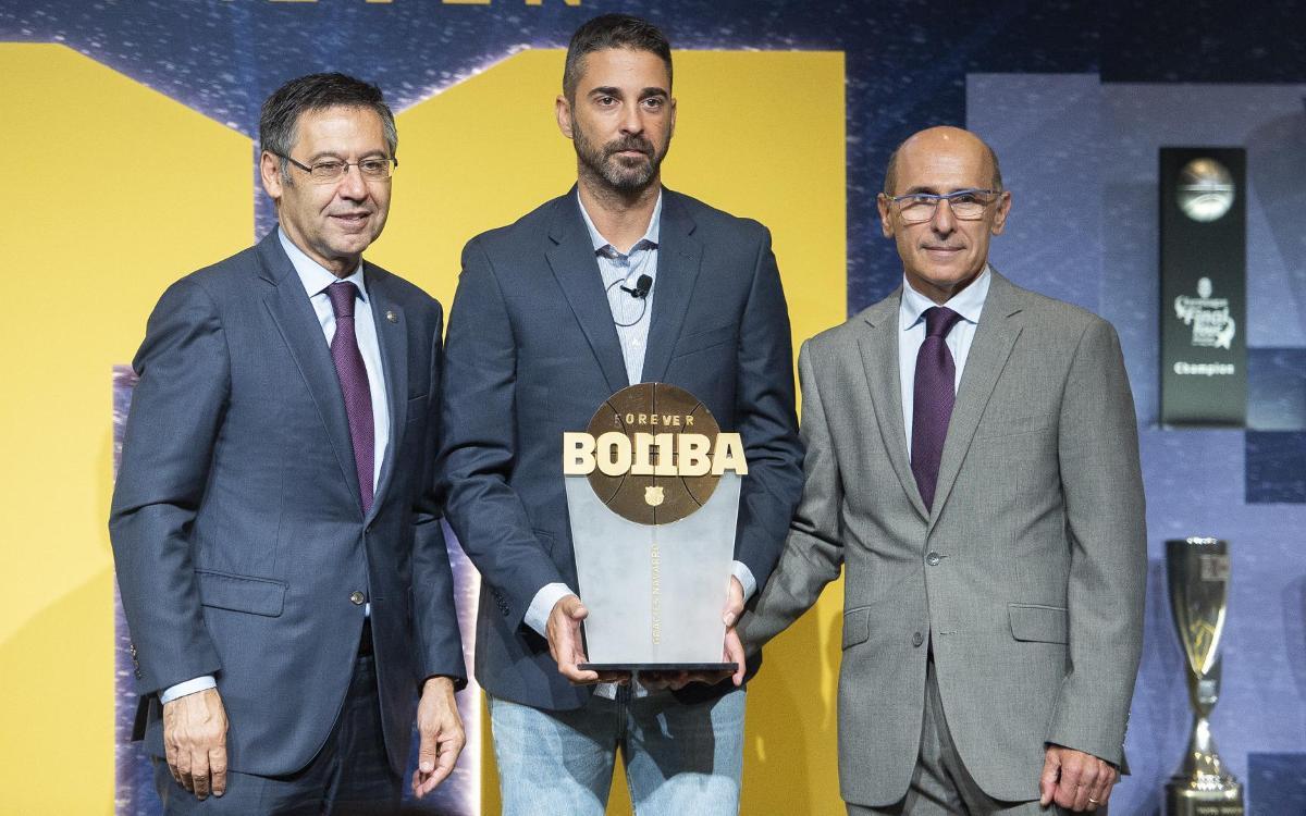 El presidente Bartomeu anuncia que la retirada de la camiseta de Navarro se hará el día del Barça - Madrid