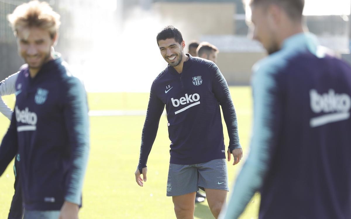 Sergio, Suárez and S. Roberto, back in training