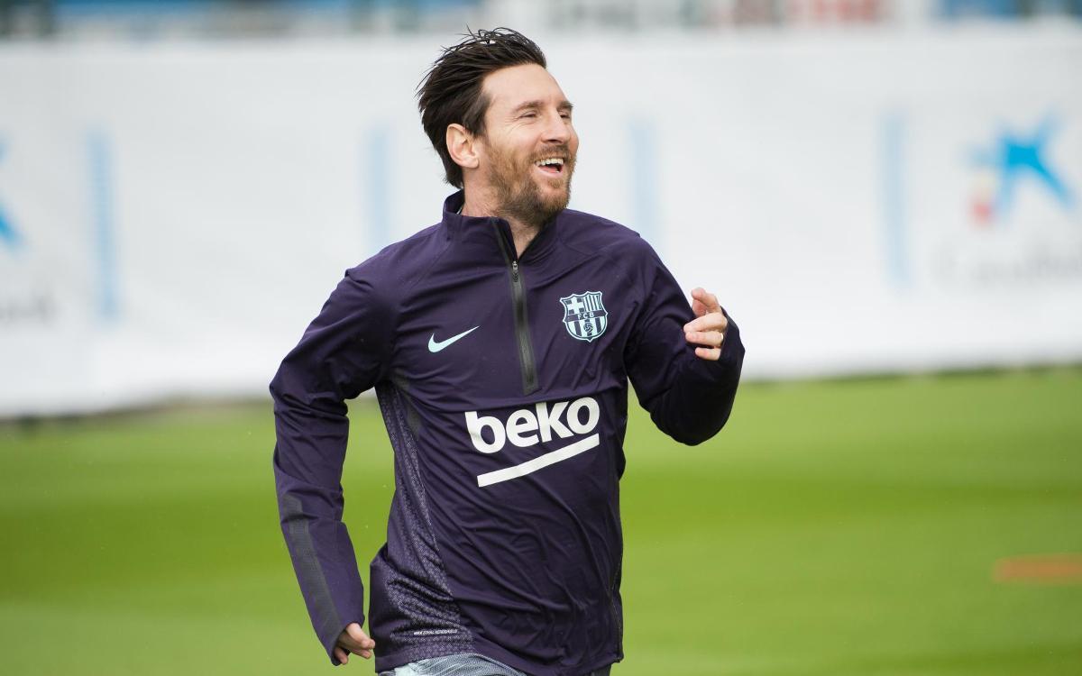 Leo Messi torna a trepitjar la gespa