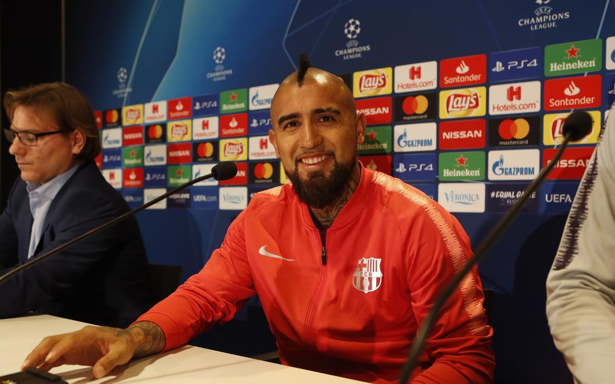 """Arturo Vidal: """"Estem molt concentrats per guanyar i quedar primers de grup"""""""