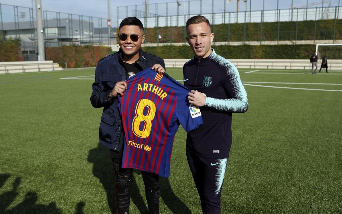 El encuentro entre Arthur y Felipe Araújo