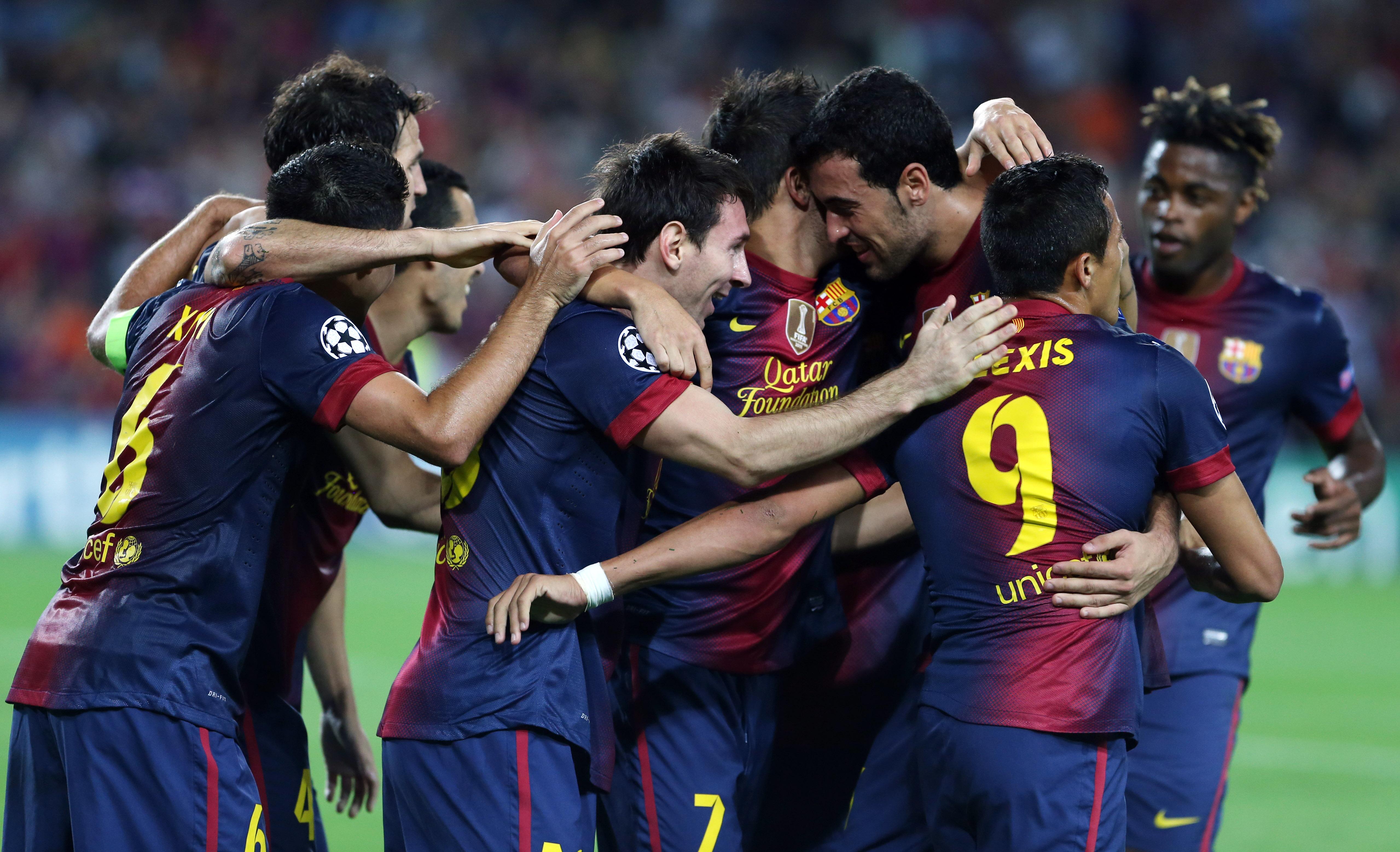 Fc Barcelona Vs Ac Milan Night For Magic