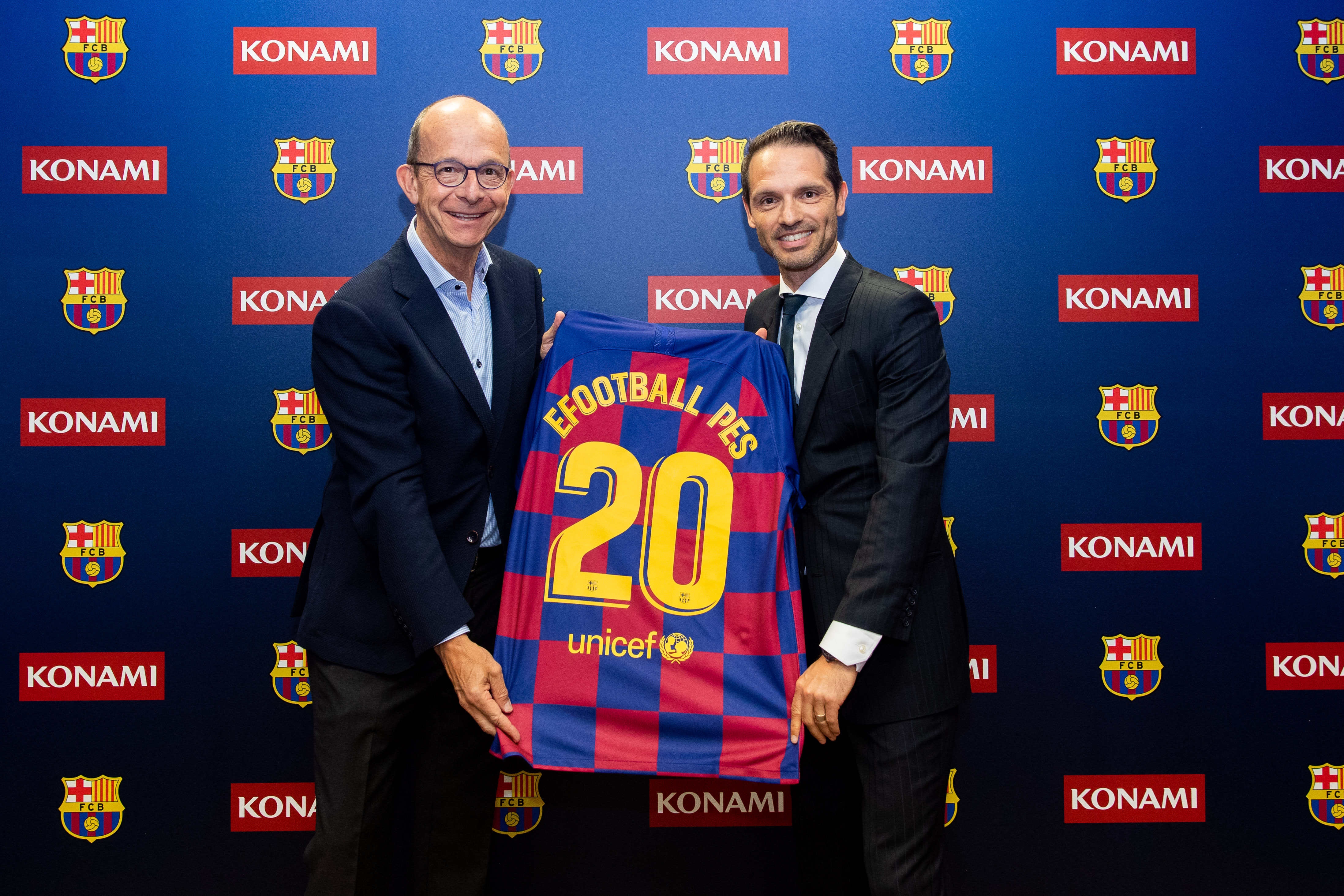 Fc Barcelona And Konami Celebrate Renewal Of Agreement With Event