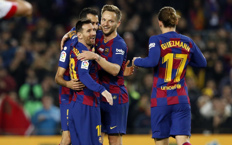Fc Barcelona 5 2 Mallorca Golden Football