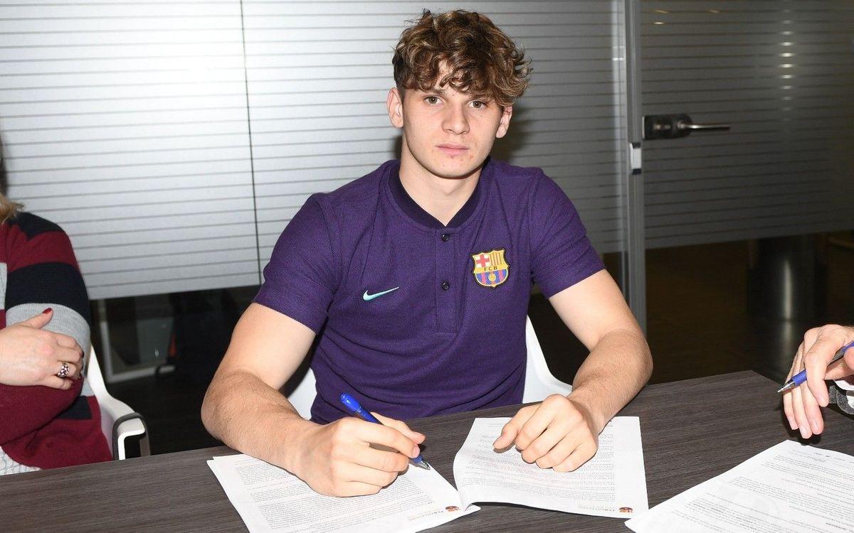 Labinot renueva con el Barça