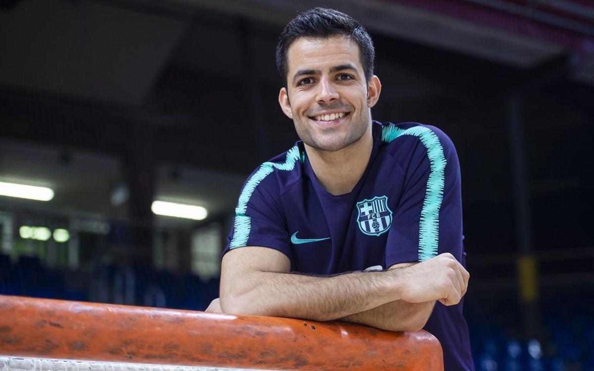 Joao Rodrigues es troba en un moment dolç - VICTOR SALGADO - FCB