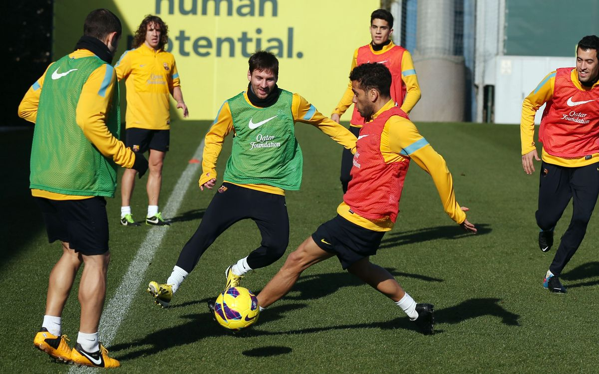 Messi takes a full part in training