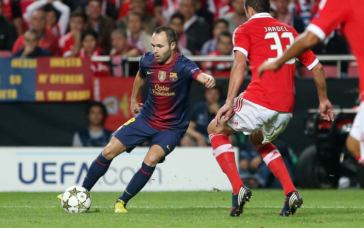 Iniesta named World's Best Playmaker in 2012