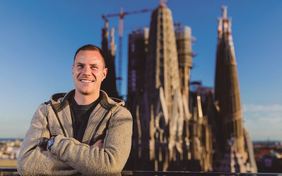 Marc-André ter Stegen visits the Sagrada Familia with the REVISTA BARÇA