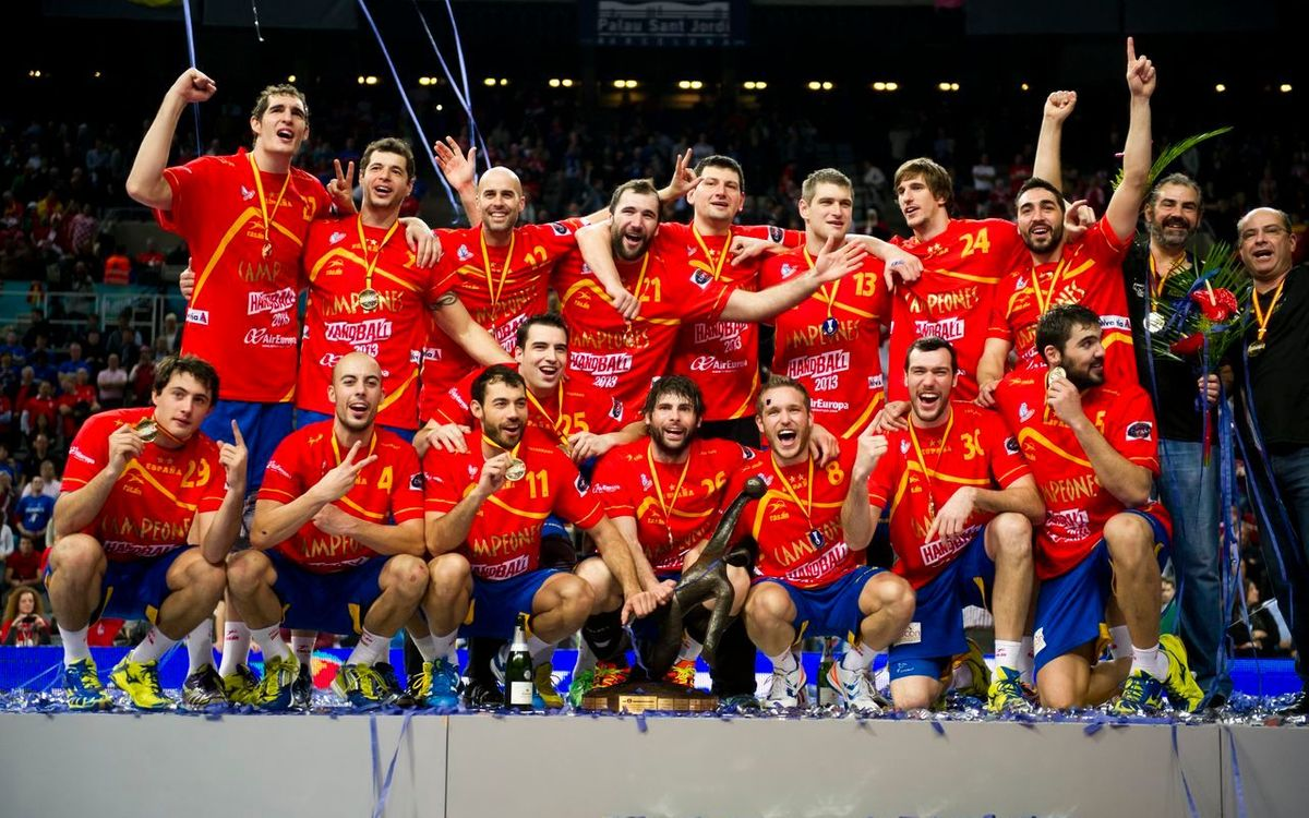 Seven Blaugranas, champions of the world! (35-19)