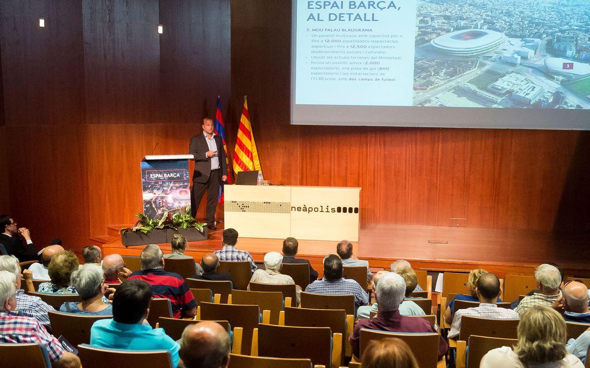 L'Espai Barça s'exposa davant els socis de Vilanova i la Geltrú