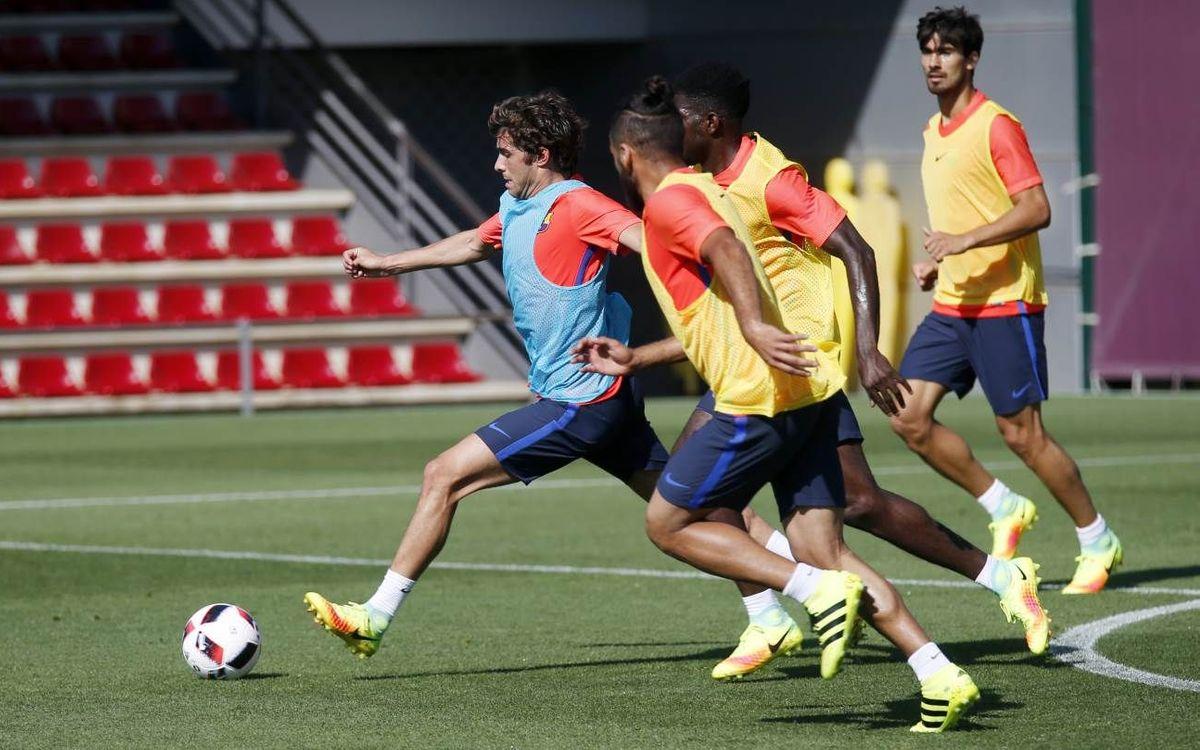 FC Barcelona start training for the trip to Seville