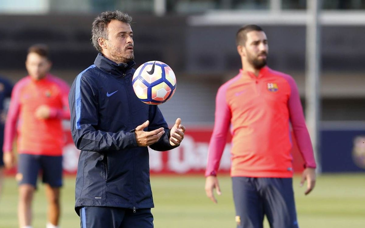 FC Barcelona wrap up training camp at St. George's Park