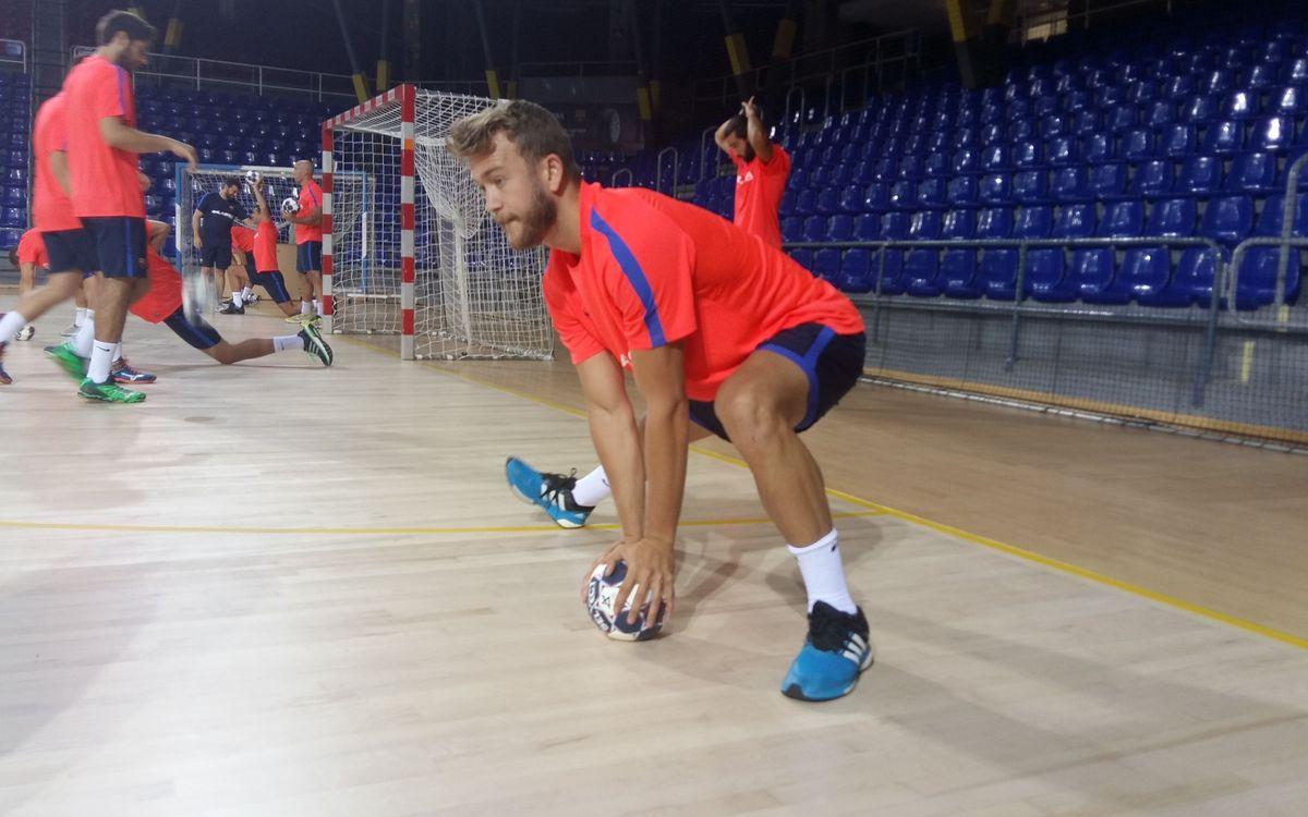 ¿Quién entrena con el Barça de balonmano?