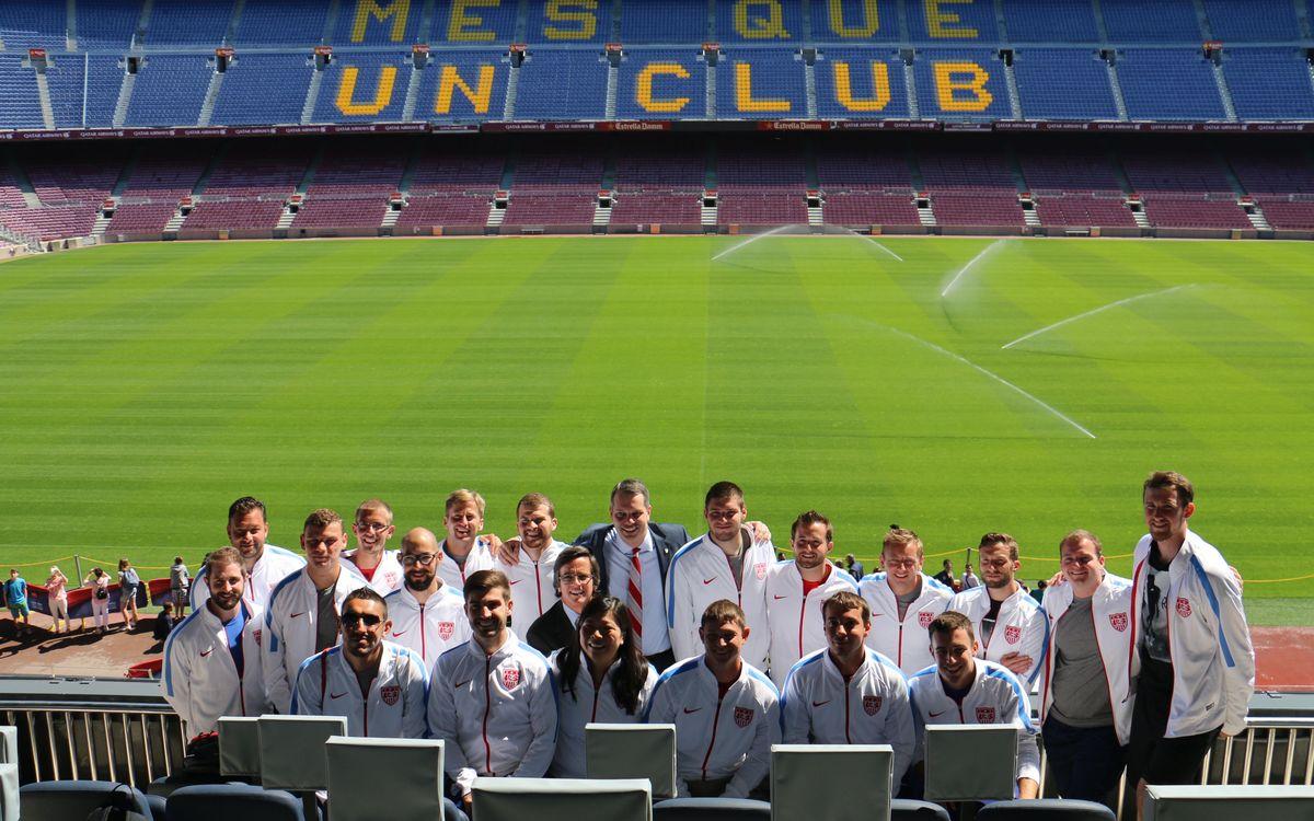 L'equip paralímpic de futbol 7 dels Estats Units visita les instal·lacions del FC Barcelona