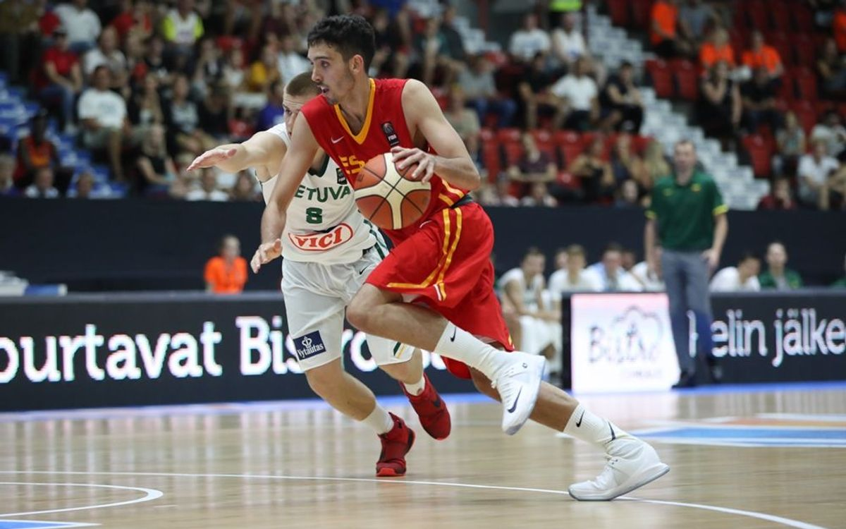 Marc Garcia, MVP y campeón de Europa Sub 20 con la selección española