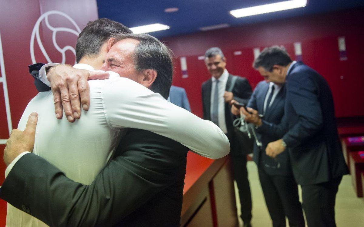 El momento más emotivo de la presentación de André Gomes