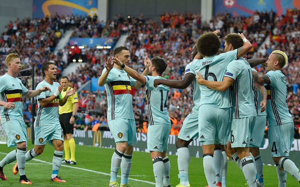 Thomas Vermaelen and Belgium through to Euro 2016 quarter-finals