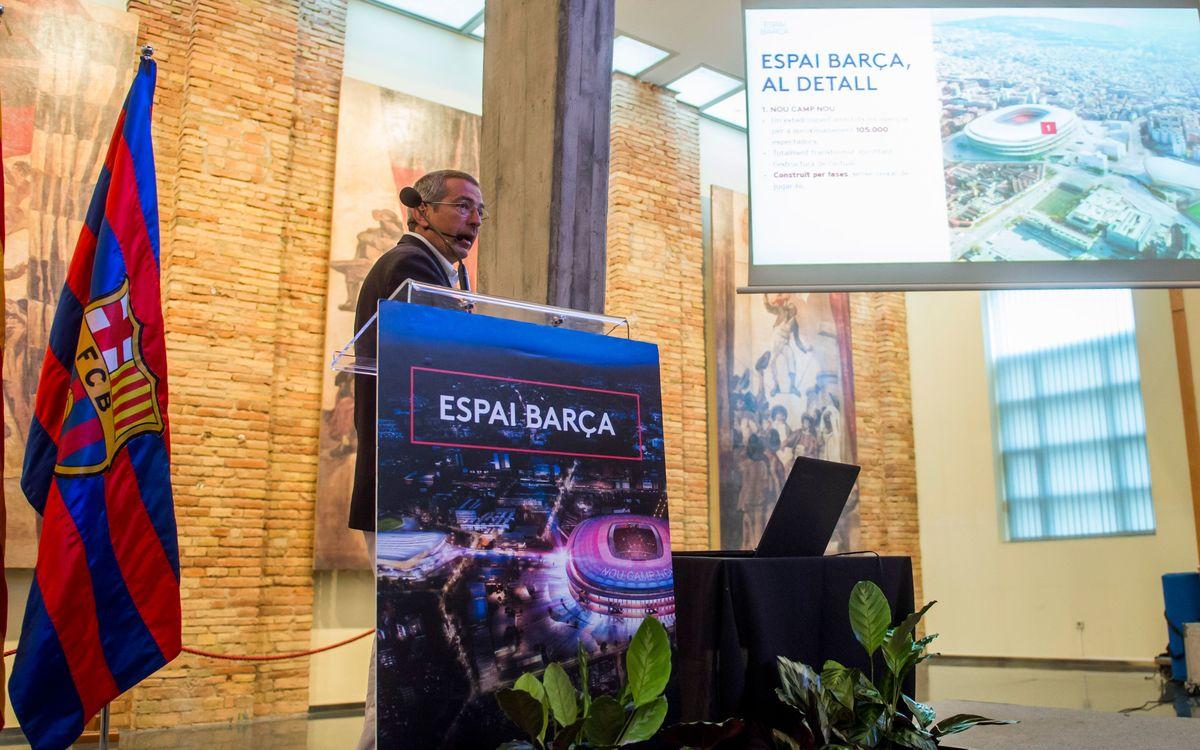 La exposición itinerante del Espai Barça acaba su recorrido en Vic