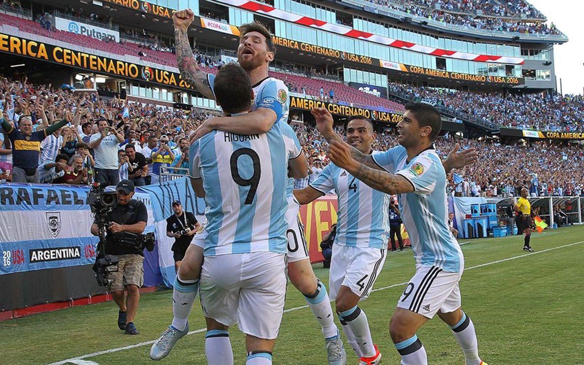 Messi y Mascherano afrontan contra Estados Unidos el acceso a la final de la Copa América Centenario