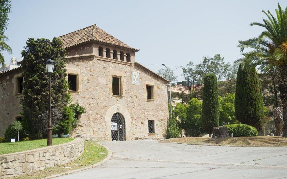 El FC Barcelona y el Distrito de las Corts analizan las alegaciones de los vecinos en la remodelación de la Masía