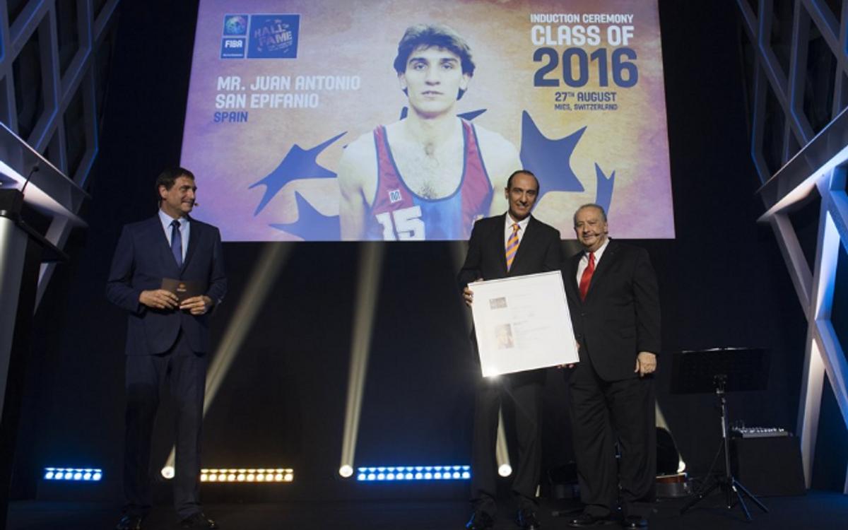 Juan Antonio San Epifanio, Epi, al Hall of Fame de la FIBA
