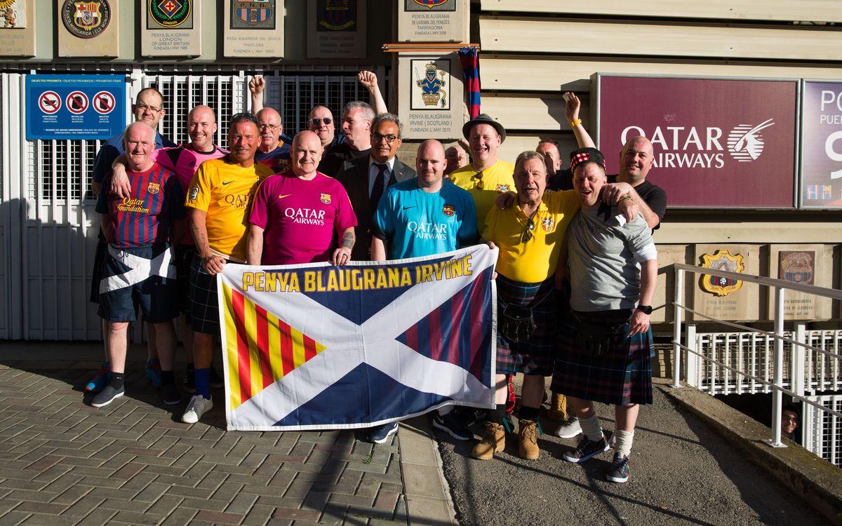La Penya Blaugrana Irvine inaugura escut