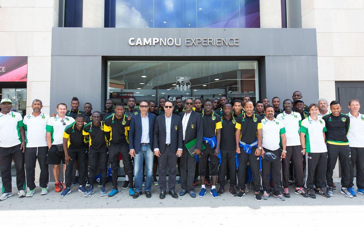 La selecció de futbol de Mauritània visita el Camp Nou