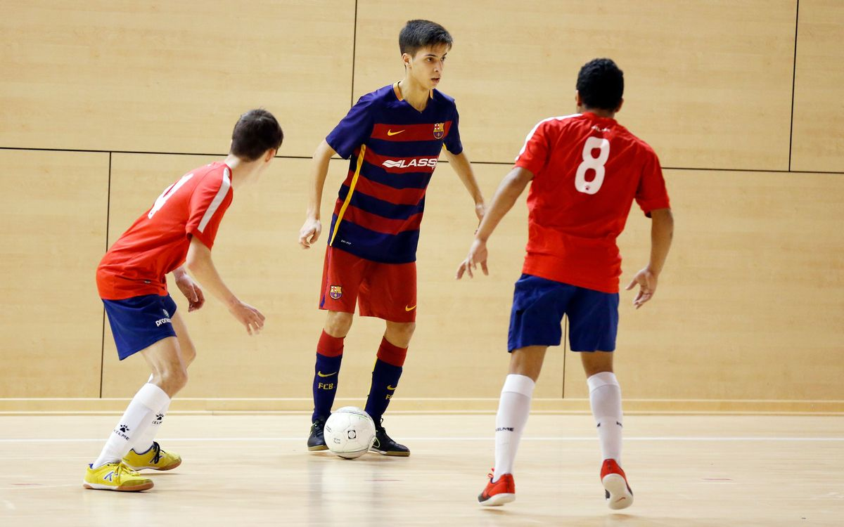 Tres victorias y derrota del Juvenil en el fútbol sala formativo