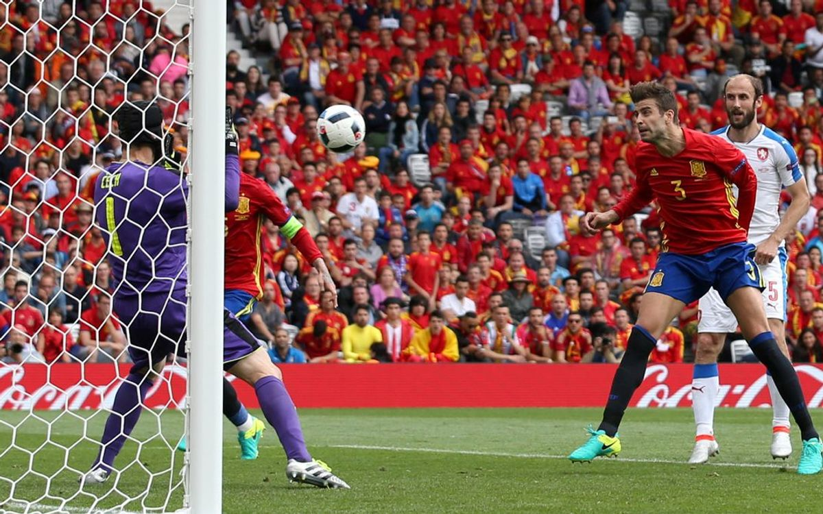 Piqué and Iniesta lead Spain to 1–0 Euro triumph over the Czech Republic