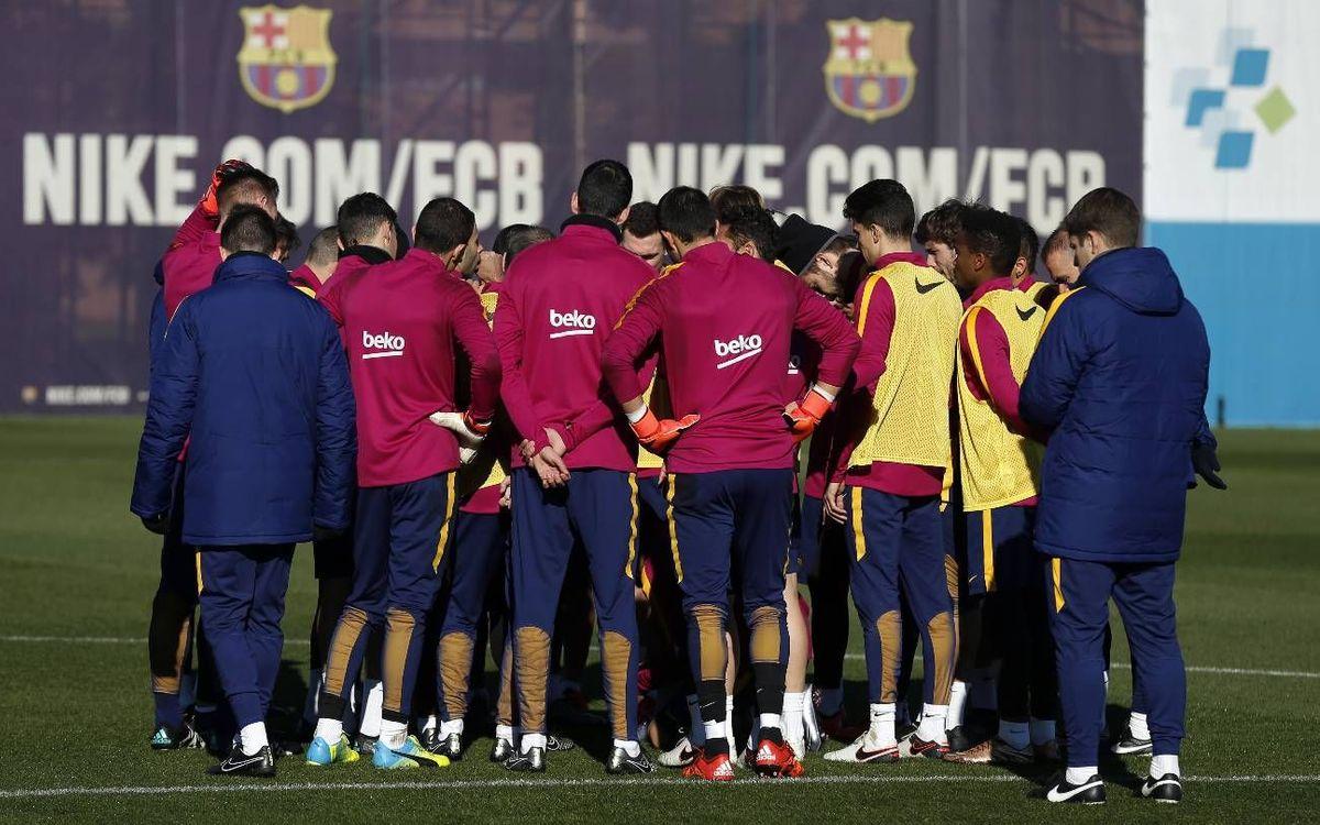 La convocatoria de 18 futbolistas para jugar contra el Athletic Club