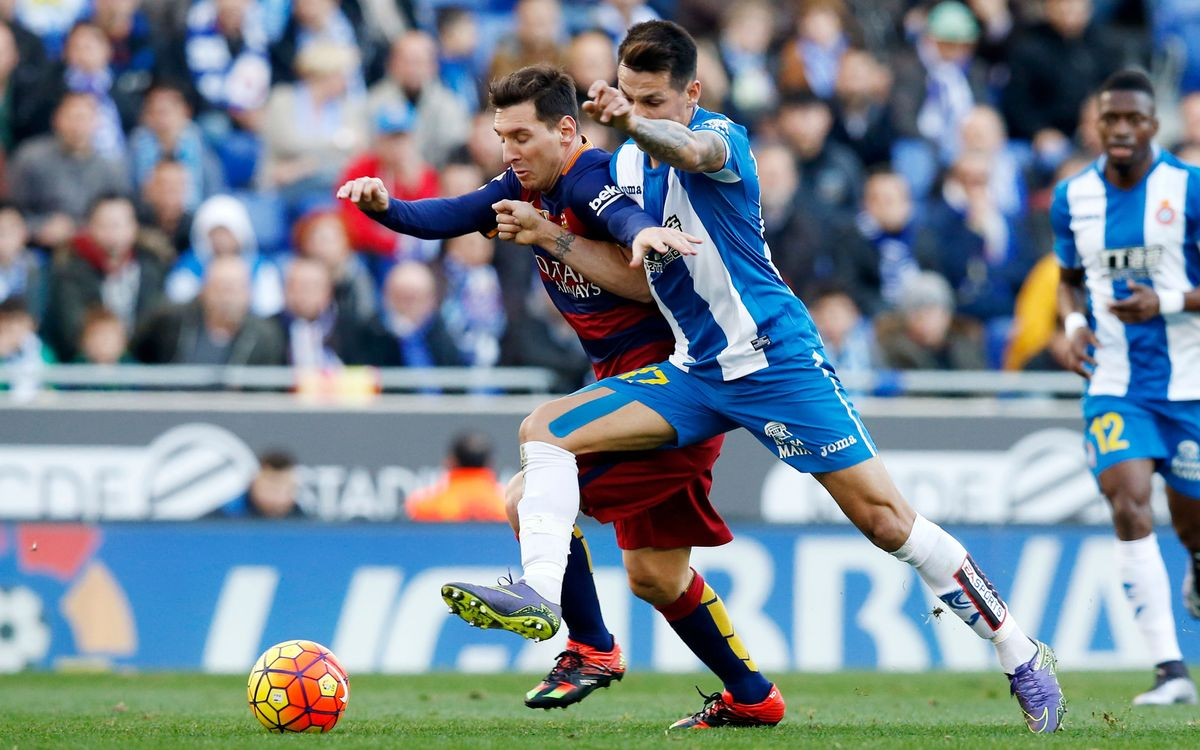 FC Barcelona open 2016 with a point in Catalan derby