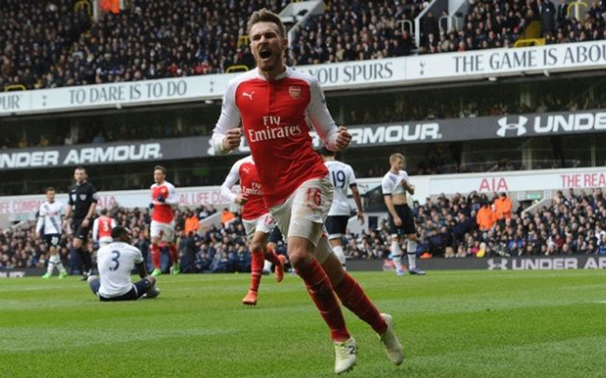 El Arsenal resiste en White Hart Lane (2-2)