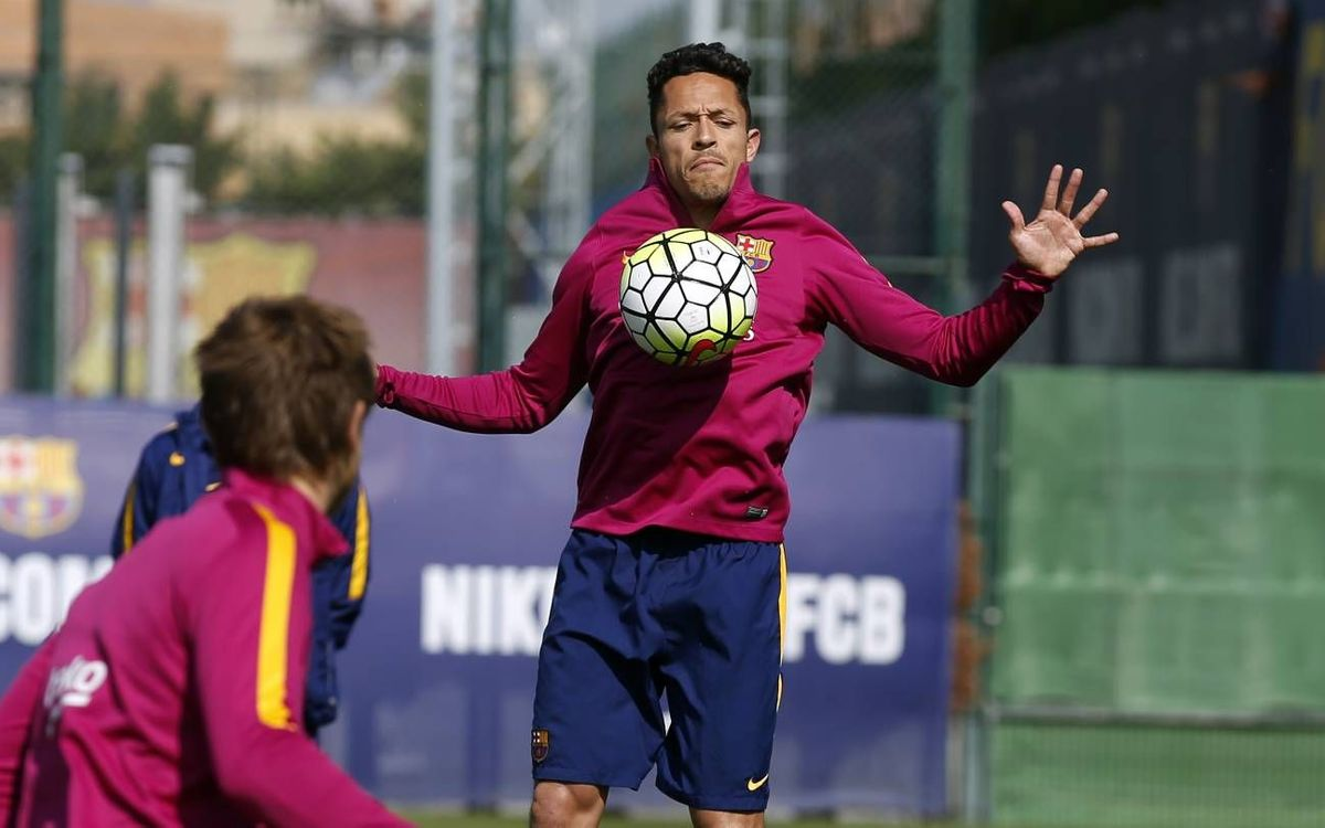 FC Barcelona train for final time this week
