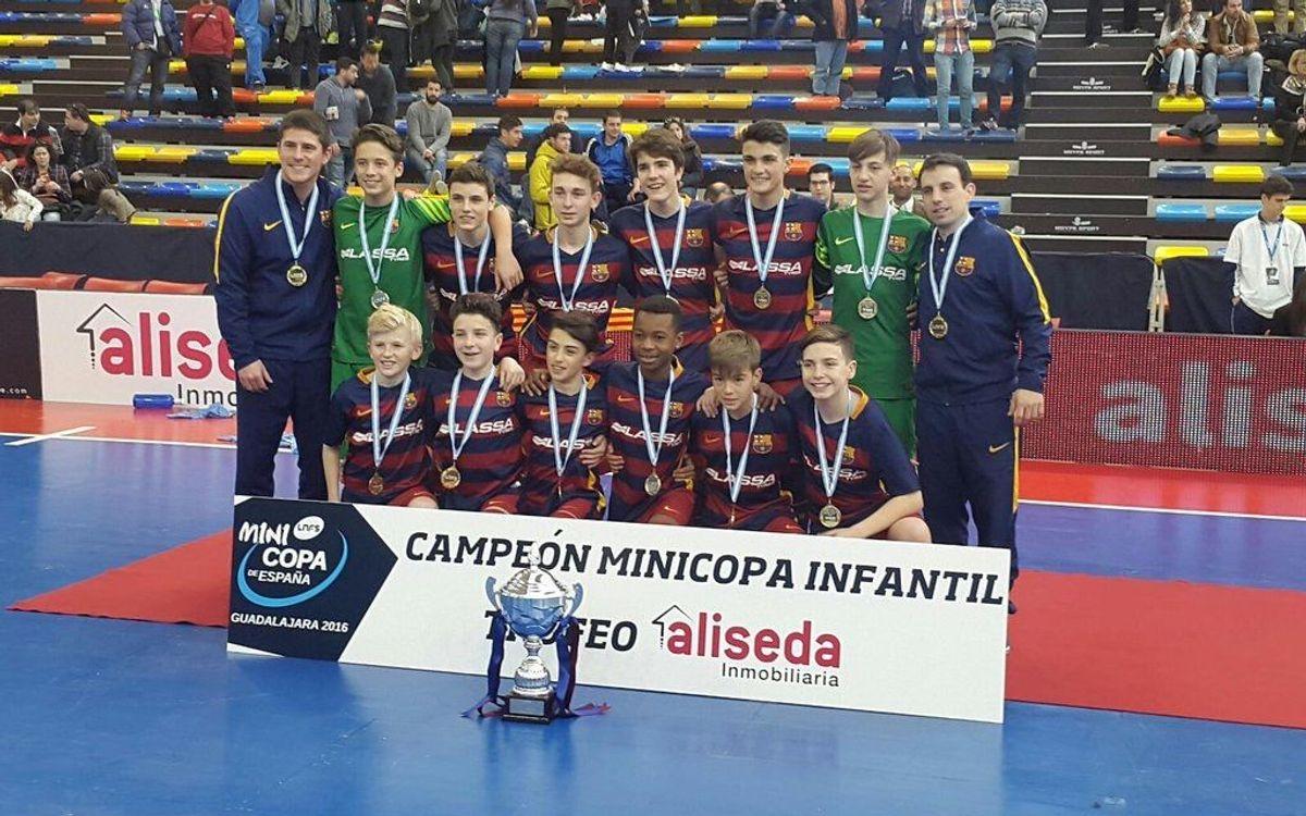 L'Infantil del Barça Lassa aconsegueix la quarta Minicopa consecutiva