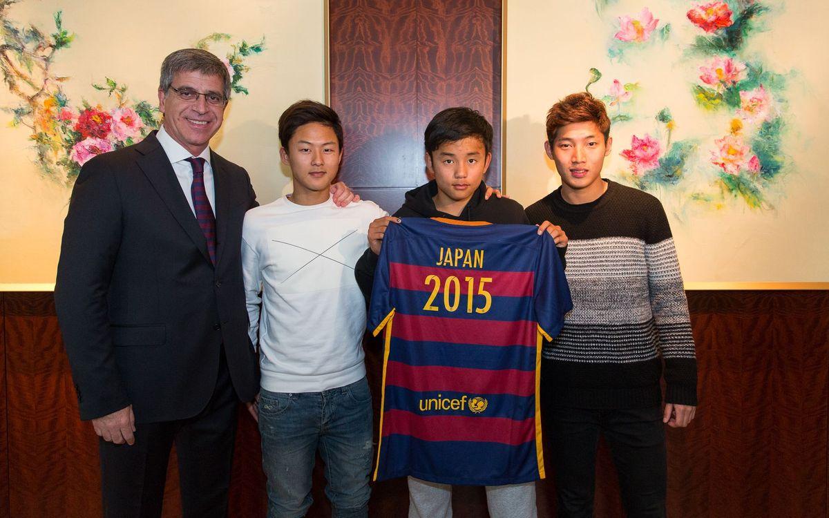 Los surcoreanos Lee y Jang, y el japonés Take, invitados a la final del Mundial de Clubes