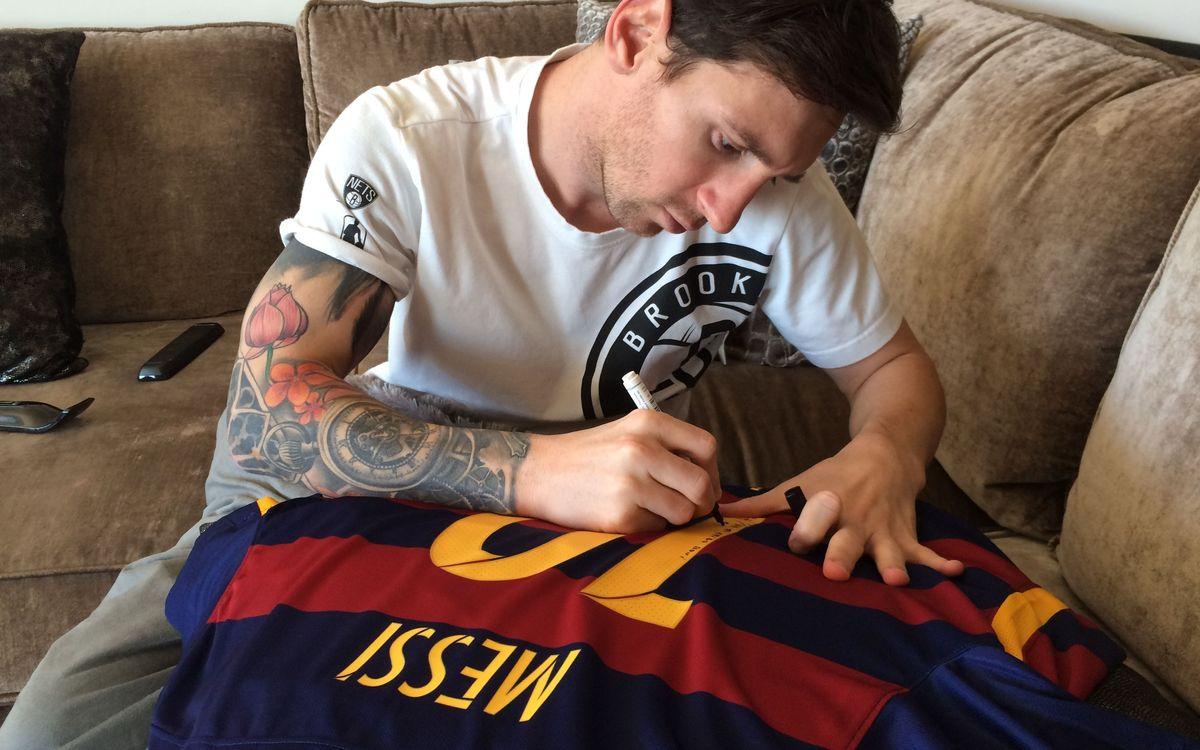 Barça TV programme features Messi's gift to Ronaldinho