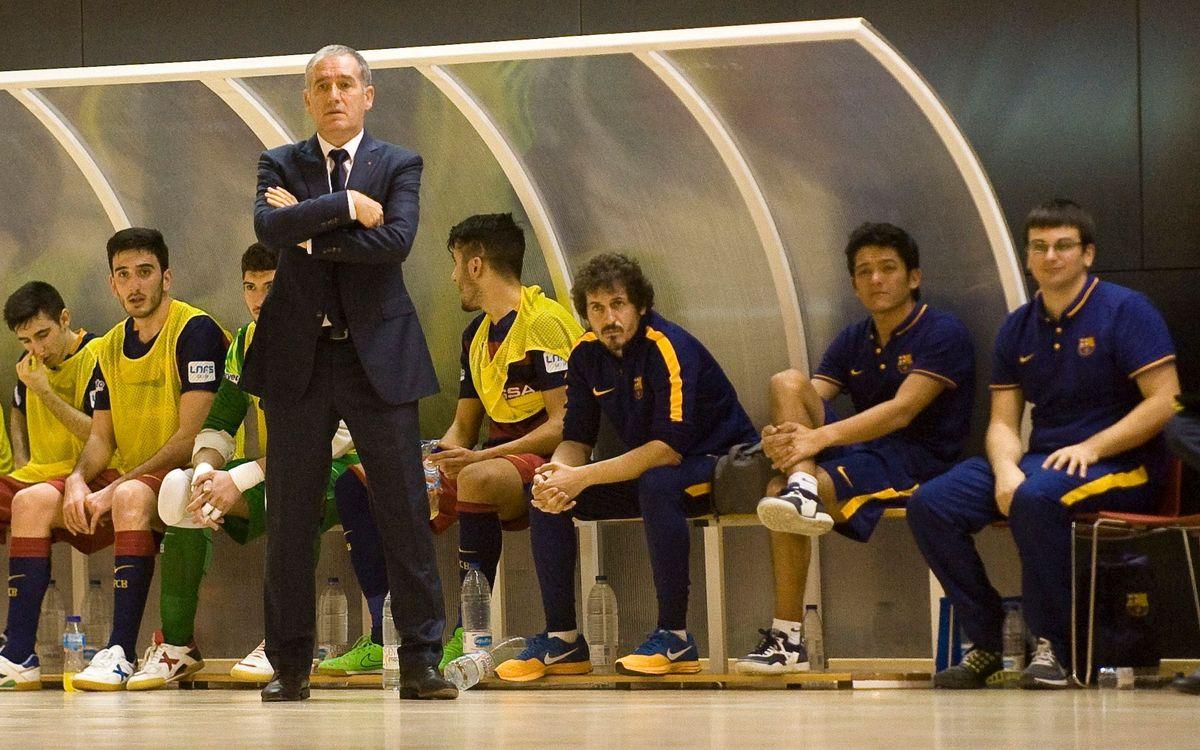 Andreu Plaza, entrenador del Barça B, da unos clínics en Brasil